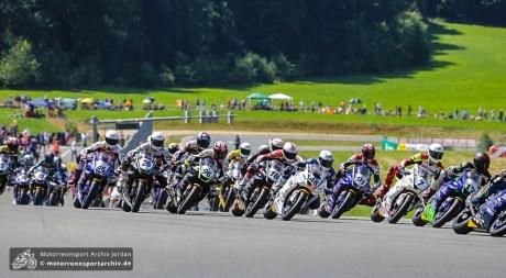Start im vollbesetzten Yamaha R6-Dunlop Cup