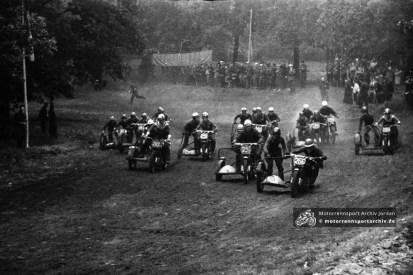 Seitenwagen-Motocross in Potsdam-Sanssouci 1960
