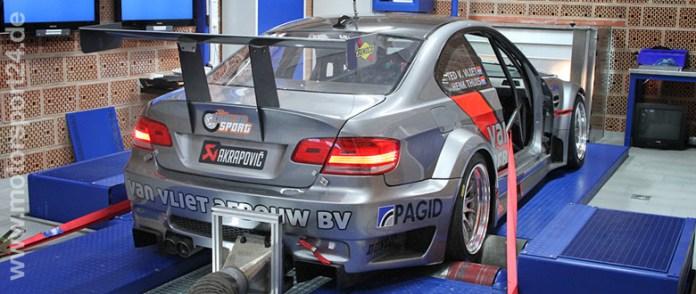 BMW M3 E92 auf dem Leistungsprüfstand