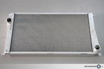 Rennsport Wasserkühler BMW Z4 E89 35i / 35is