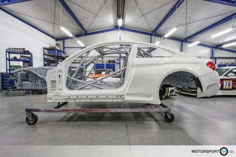 BMW M4 F82 Rohkarosserie lackiert