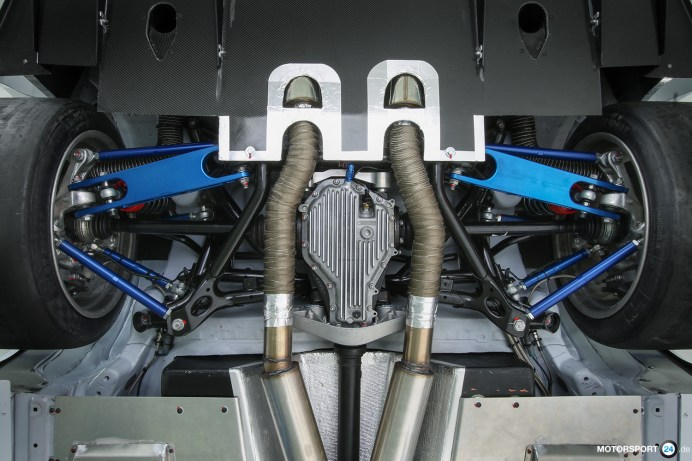 BMW M4 GTR Exhaust System
