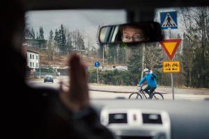 Suomalaisten liikennesääntötuntemuksessa parannettavaa