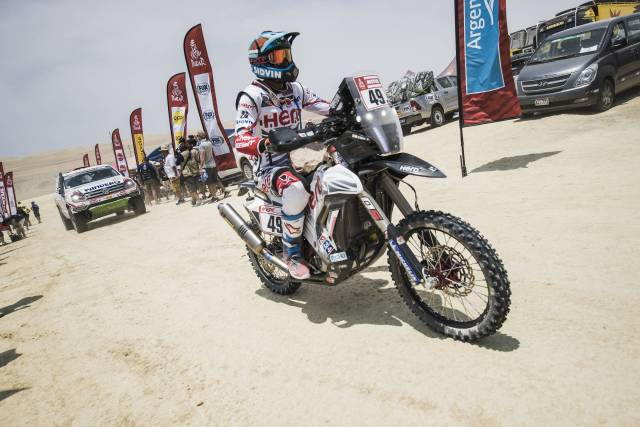 CS Santosh riding Hero Motorsport at stage 2 of Dakar Rally 2018