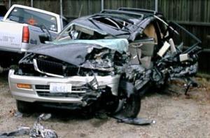 4-2-06_auto_accident