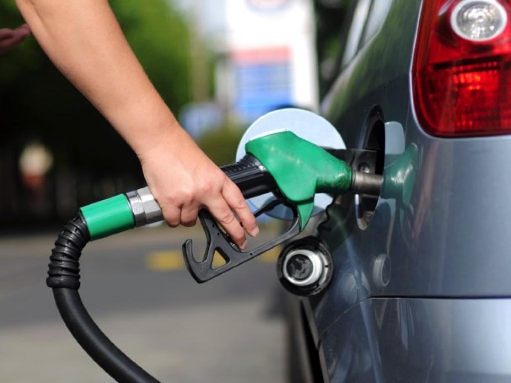 O que realmente dita o preço dos combustíveis?