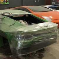 Policia fecha oficina onde eram construídos Lamborghinis e Ferraris falsos.