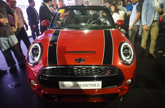 New MINI Convertible unveiled
