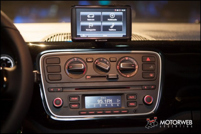 2014-06-05 LANZ VW Up Motorweb 32