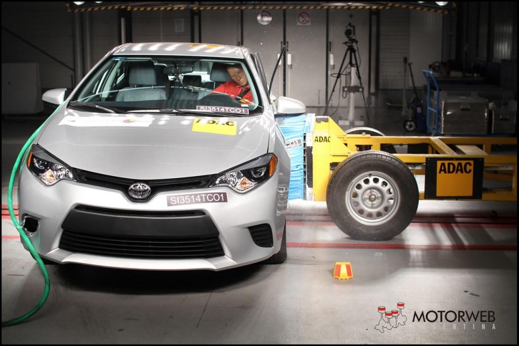2014 Toyota Corolla Latin NCAP 12