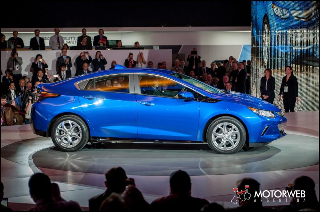Salon De Detroit 2015 Chevrolet Muestra El Nuevo Volt