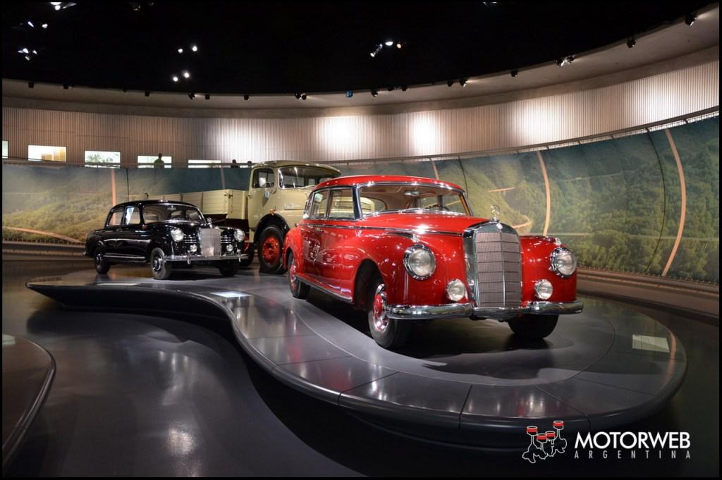 2015-09 Mercedes-Benz Museum Motorweb Argentina 246