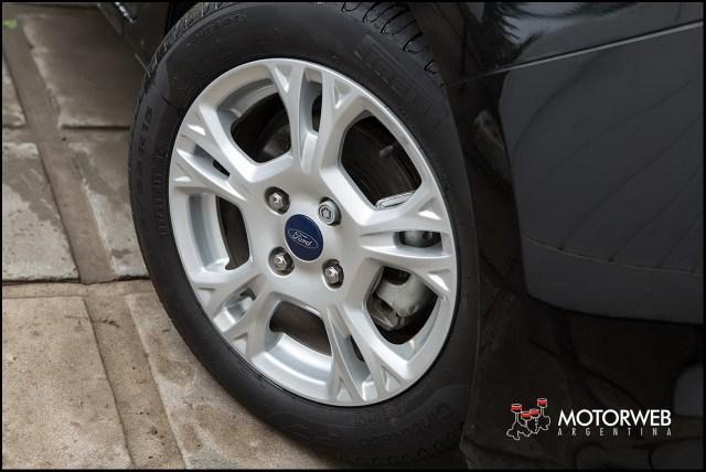 2016-05 TEST Ford Ka SEL Motorweb Argentina 13
