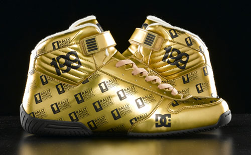 https://i1.wp.com/www.motorworldhype.com/wp-content/uploads/2008/08/dc-shoes-gold-pro-spec-1s.jpg