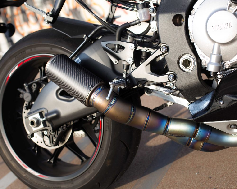 Carbon Fiber Exhaust on R1_IG.@ohsnap_its_snap_ - S.N.A.P Photography