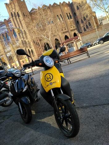Moto Muving Barcelona Monumental