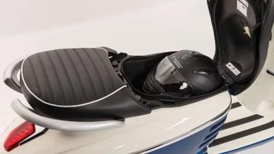 Coffre à casque Peugeot Django 125