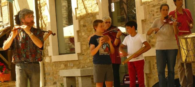 Samedi 27 août : Repas concert avec VentsdeFesta