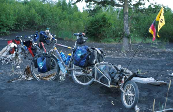 https://i1.wp.com/www.mountainbike-expedition-team.de/Kamchatka/large/Kamchatka_bob_013.jpg