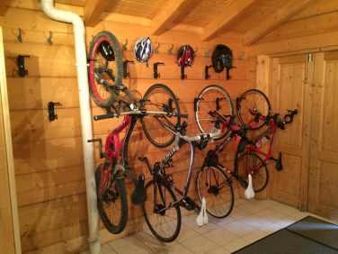 Boot room / Bike Storage