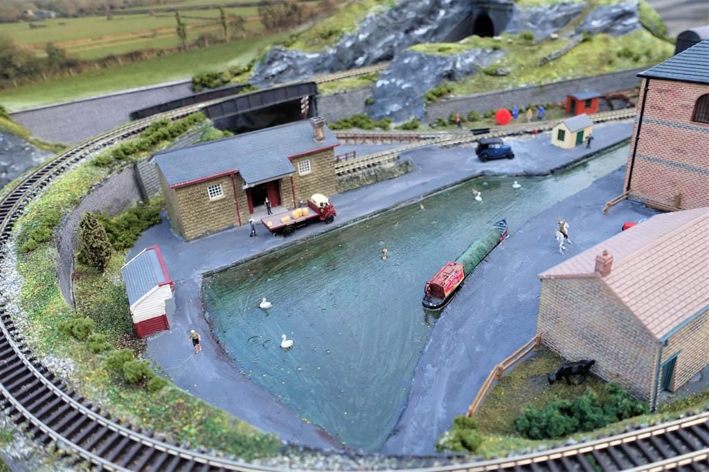 N gauge industrial layout 4
