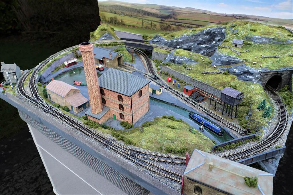 N gauge industrial layout 8