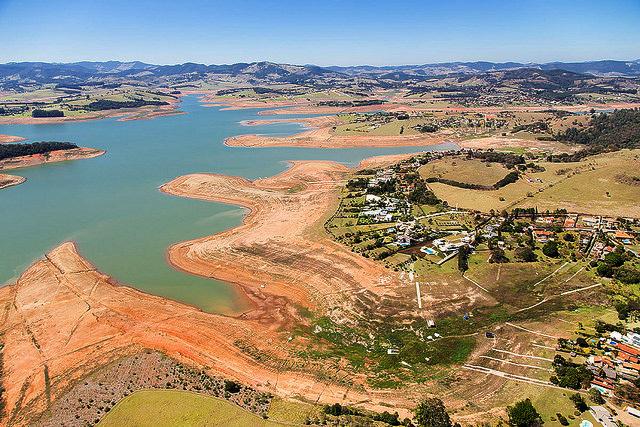 The Braganca Paulista reservoir, slowly drying up.