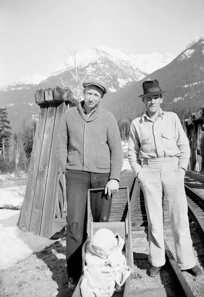 Wallace Betts, Bob Jardine with Louise Betts in the railway buggy at Parkhurst, 1938. Courtesy Whistler Museum.