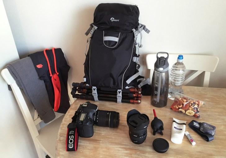 elisabeth-brentano-whats-in-my-bag-1600