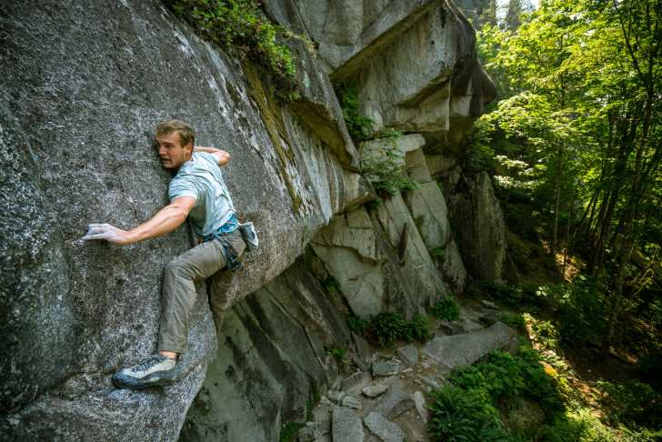 Climber in Squamish Smoke Bluffs