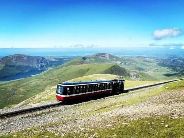 mount snowdon railcar