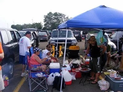 Taking the trash out of tailgating blog post by Mountain Mat