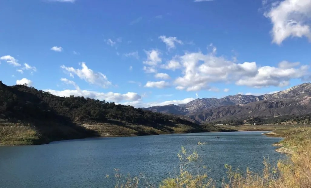 mountain lake in CA