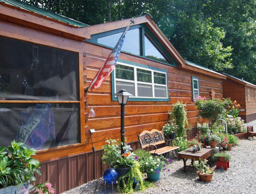 Modular log cabins rv park model log cabins 2 mountain for Cabin a camper for sale