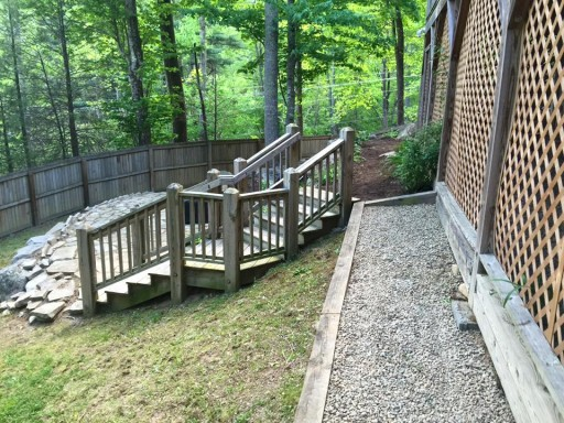 Stone Landscaping - gravel pathways and stairs