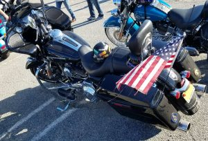 Mounting a flag to a motorcycle