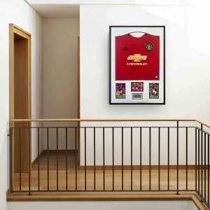 authentically-signed-daniel-james-framed-shirt-up-close
