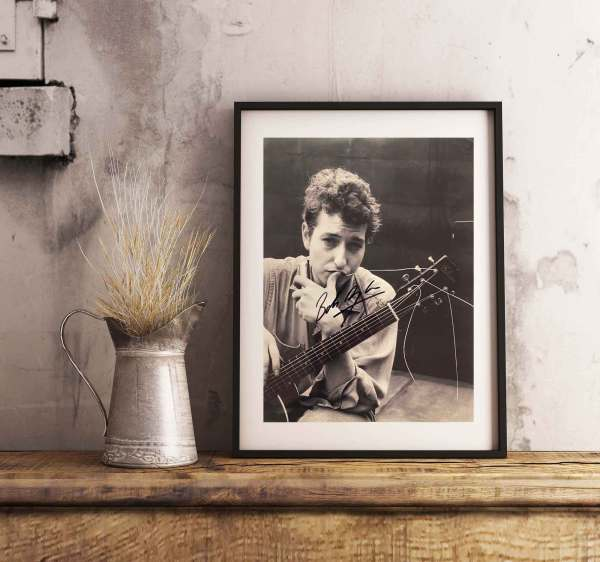 authentically signed bob dylan autograph background