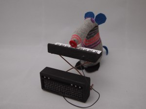 Dim Vaark playing his electronic keyboard.