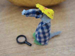 Microvaark is looking, with a tiny magnifying glass
