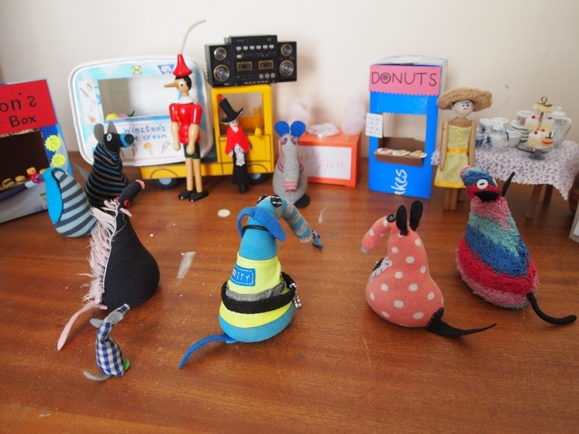 The vaarks gather at the May fete