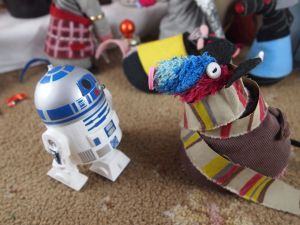Ratvaark talks to R2D2