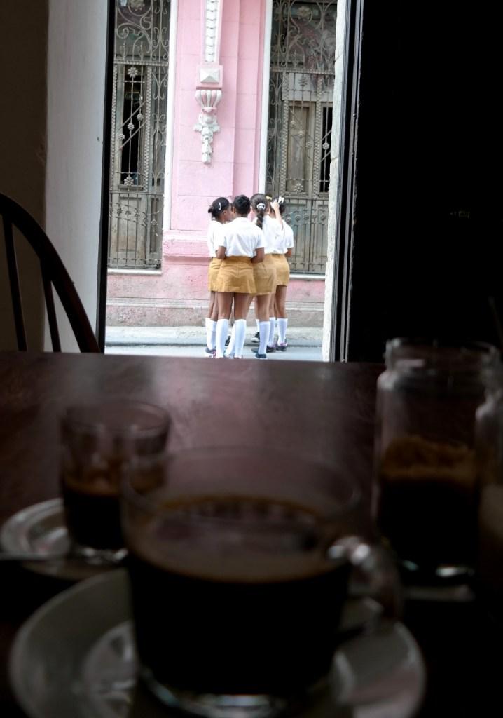 [Cuba] Discovering La Habana with our host Geraldine A la découverte de La Havane avec Géraldine