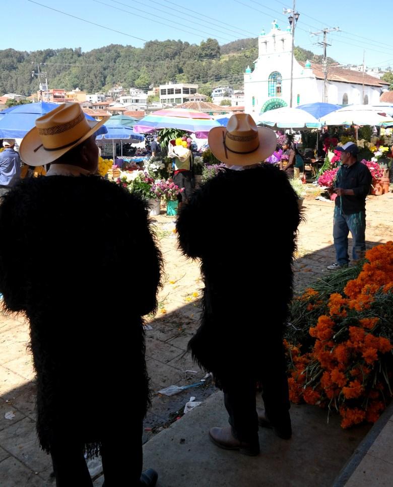 Move Our World Mexique Dia de los muertos Chamula