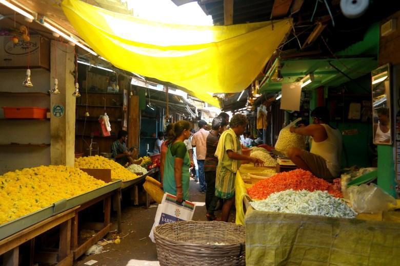Move Our World Blog Voyage Top 3 Asie les Marchés du monde Pondichery Flower Market