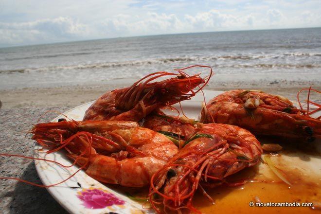 Prawns glazed in honey at the Crab Shack in Koh Kong