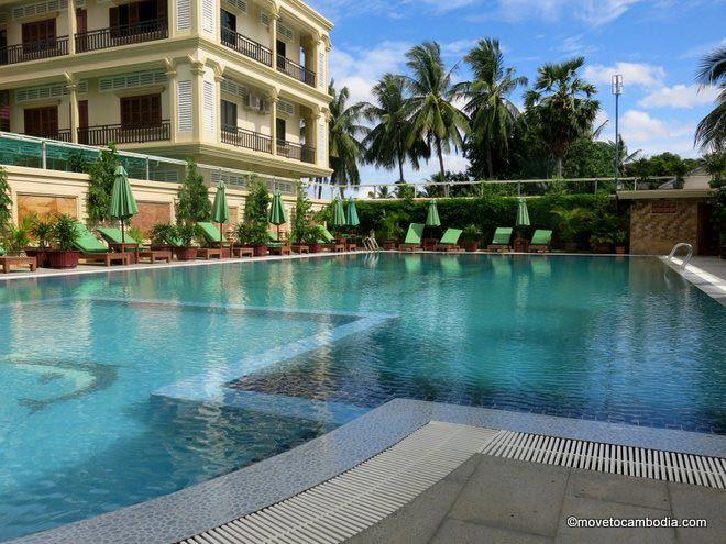 Classy-Hotel-Battambang-pool
