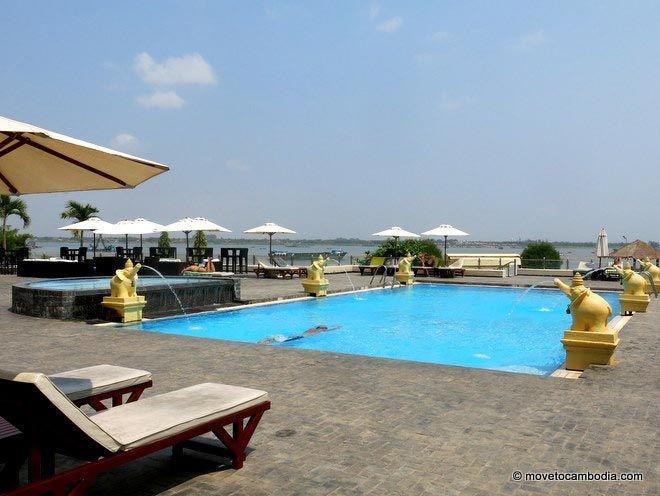 Cambodiana Hotel pool