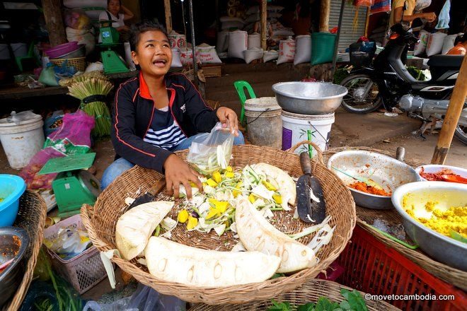 Siem Reap market food tour