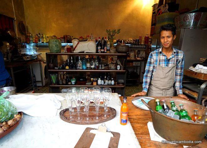 Bric-a-Brac's Libations bar